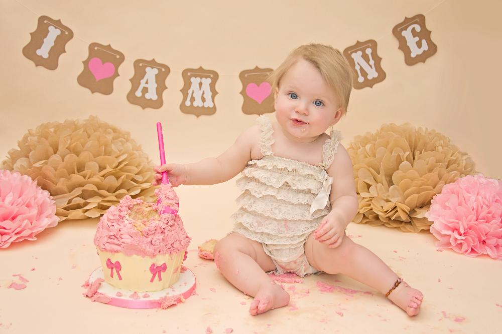 Baby Cake Smash Photography