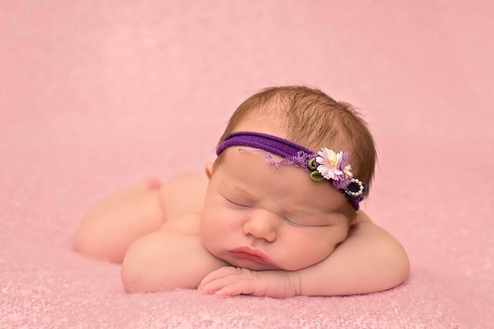 My name is jess and i specialise in newborn and child photography newborn photo shoots can be booked in soon after your 20